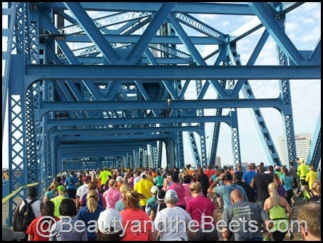 Main Street Bridge Gate River Run 2014