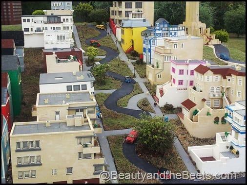 SF Crooked Street Legoland