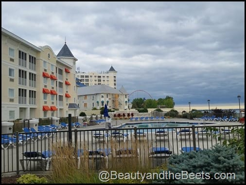Hotel Breakers, coasters and the beach