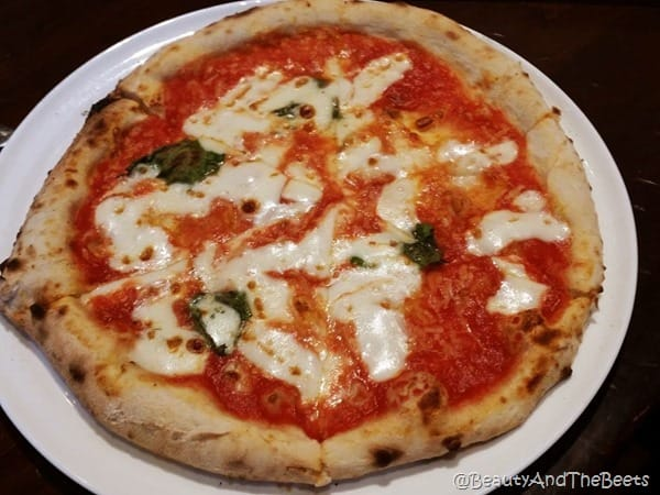 Margherita 800 Degrees Pizza Las Vegas Beauty and the Beets