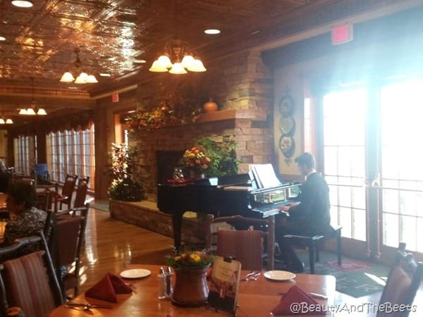 piano Dobyn's College of the Ozarks Beauty and the Beets