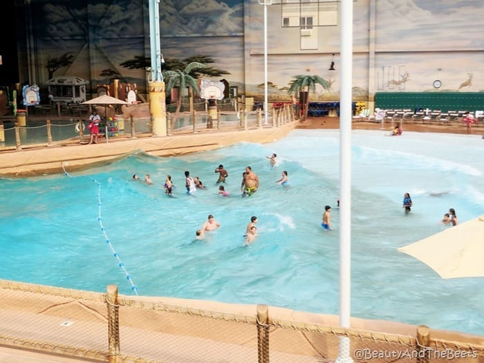 waterpark wave pool Kalahari Resort Sandusky Beauty and the Beets