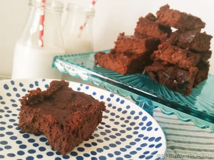 Chocolate Beet Brownies recipe by Beauty and the Beets (4)