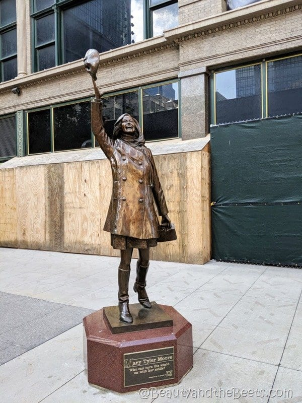 Mary Tyler Moore Minneapolis Beauty and the Beets