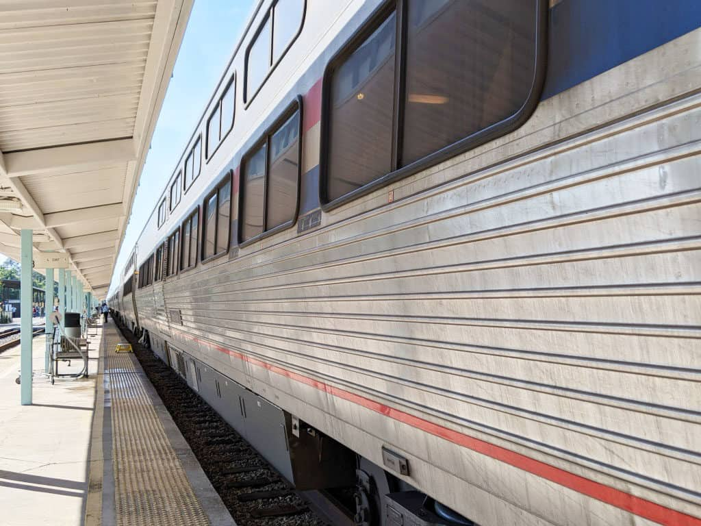 Train at Jacksonville, Florida platform