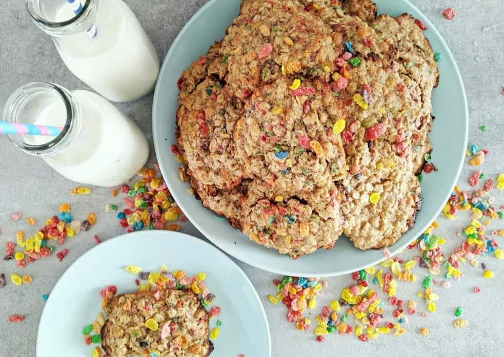 In less than 20 minutes, you can whip up a batch of these super fun Fruity Pebbles cereal breakfast cookies.